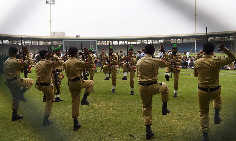 Pakistani army soldiers rehearse for the official ceremony for the funeral of Abdul Sattar Edhi in Karachi on July 9, 2016.— AFP