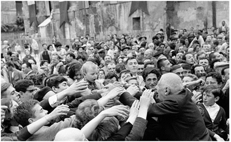De Gaulle being greeted by the public in Paris after the 1961 coup attempt against him was squashed.