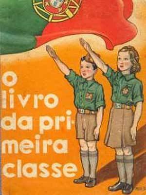 A poster eulogising the Salazar dictatorship.