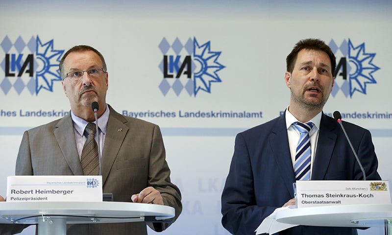 President of the Bavarian State Office of Criminal Investigation Robert Heimberger (L) and Senior Prosecutor Thomas Steinkraus-Koch attend a news conference after a shooting rampage at the the Olympia shopping mal in Munich, Germany July 24, 2016.─ Reuters