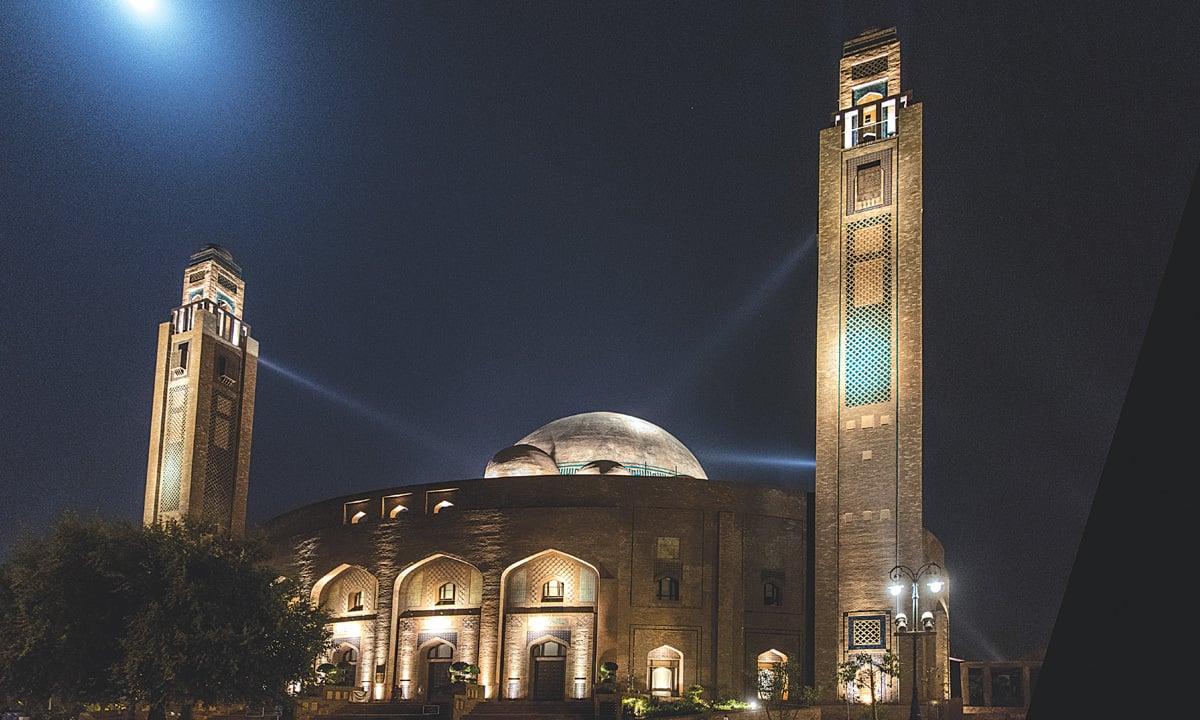 Jamia Mosque in Lahore's Bahria Town| Saad Sarfraz  Sheikh
