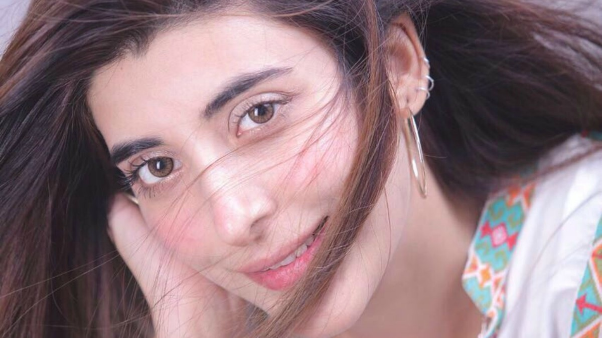 Urwa replaces Sana Javed in upcoming musical film Rangreza