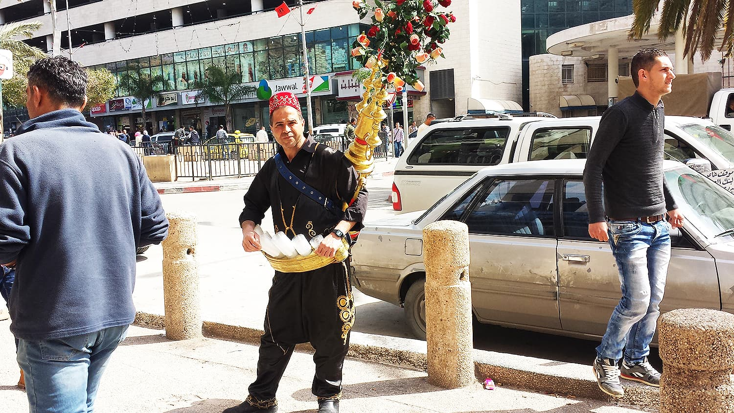 A traditional tea guy in Nablus.