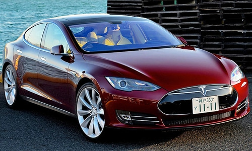 'Self-driving' in spotlight again as China sees first Tesla autopilot crash