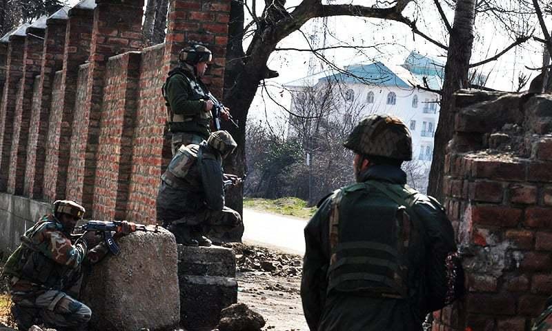 Gunmen injure 10 Indian paramilitaries during Independence Day shooting in Kashmir