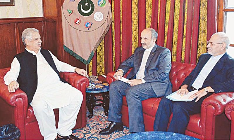PESHAWAR: Iranian Ambassador Mehdi Honardoost calls on Khyber Pakhtunkhwa Governor Iqbal Zafar Jhagra on Monday.—APP