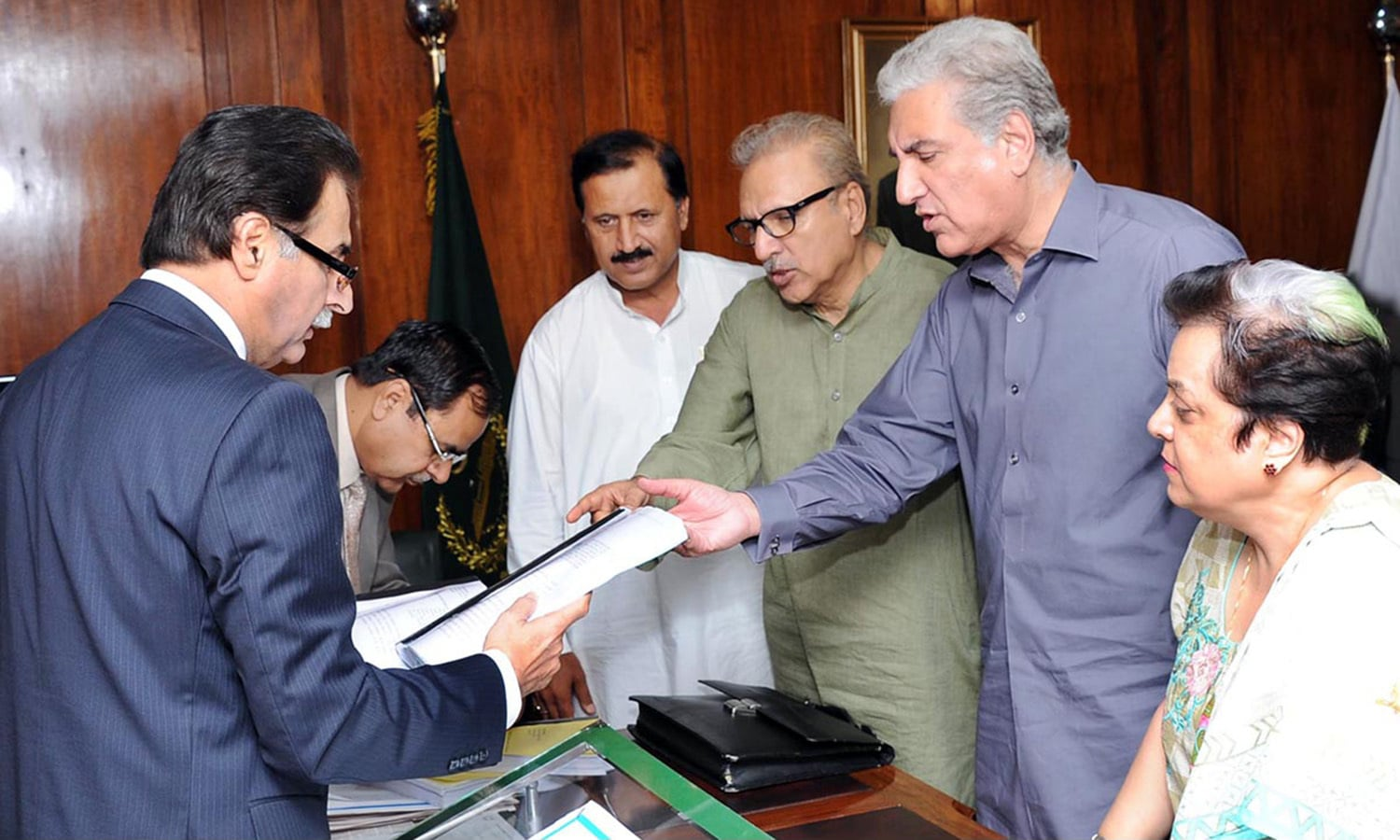 ECP defers hearing of PML-N's disqualification petitions ...