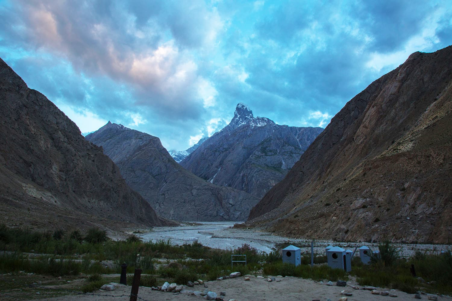 Night descending upon our Jhula campsite.