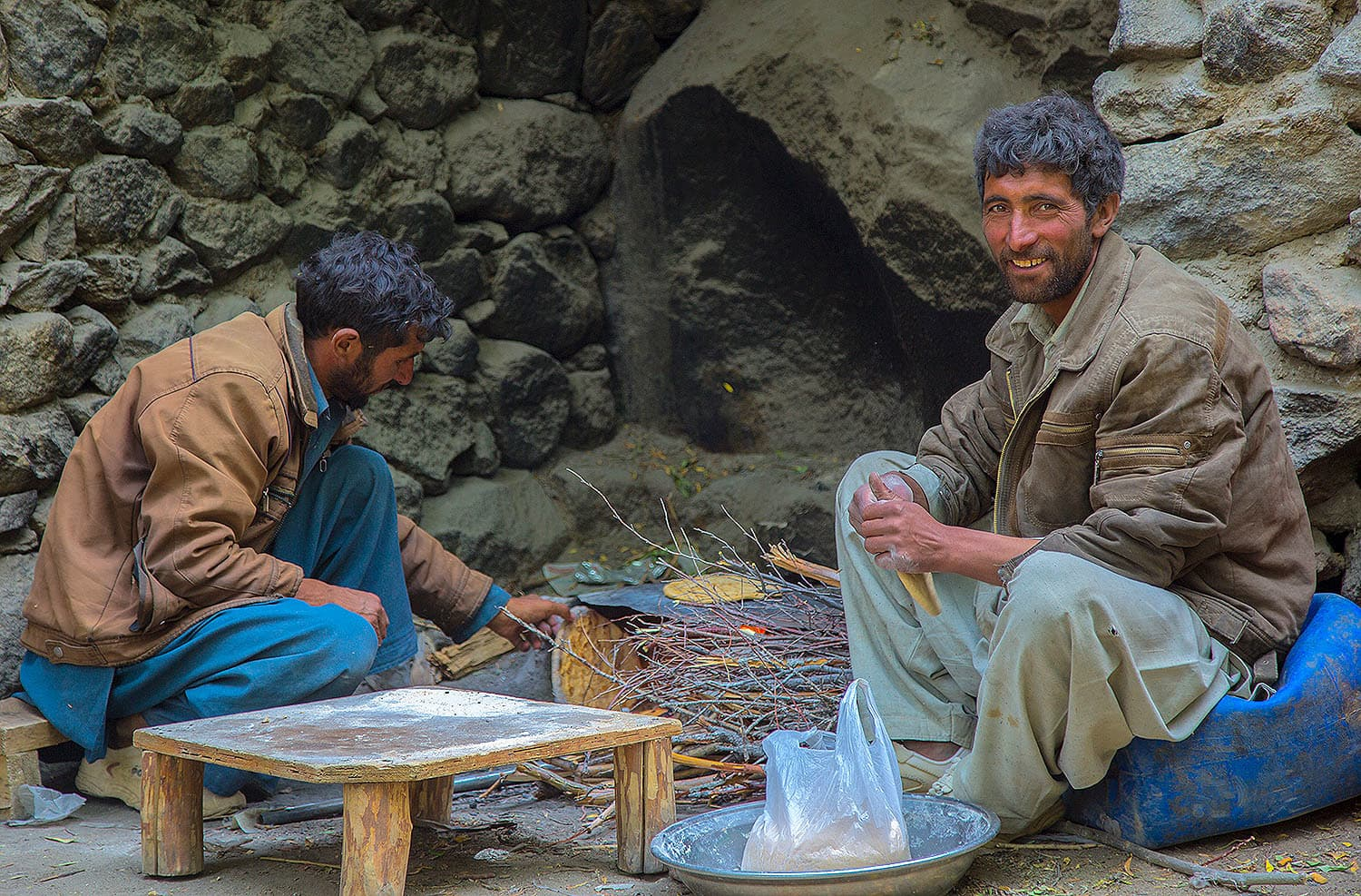 Porters make special bread for us at the Payu camp; they serve pretty good green tea there as well!