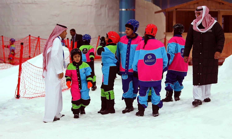 سعودی حکومت مستقبل میں عوام کو مزید تفریحی مواقع فراہم کرنے کے ایسے منصوبوں پر غور کر رہی ہے — فوٹو/ اے ایف پی