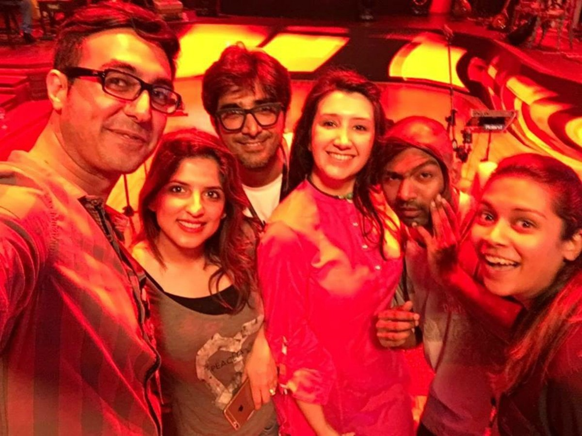 Zeb with the Coke Studio team while shooting 'Aja Re Moray Saiyaan'