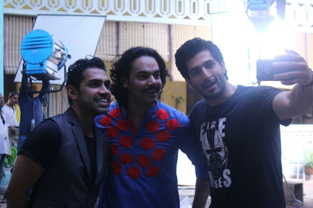 Qurram with Rangreza cast, Gohar Rasheed and Bilal Ashraf
