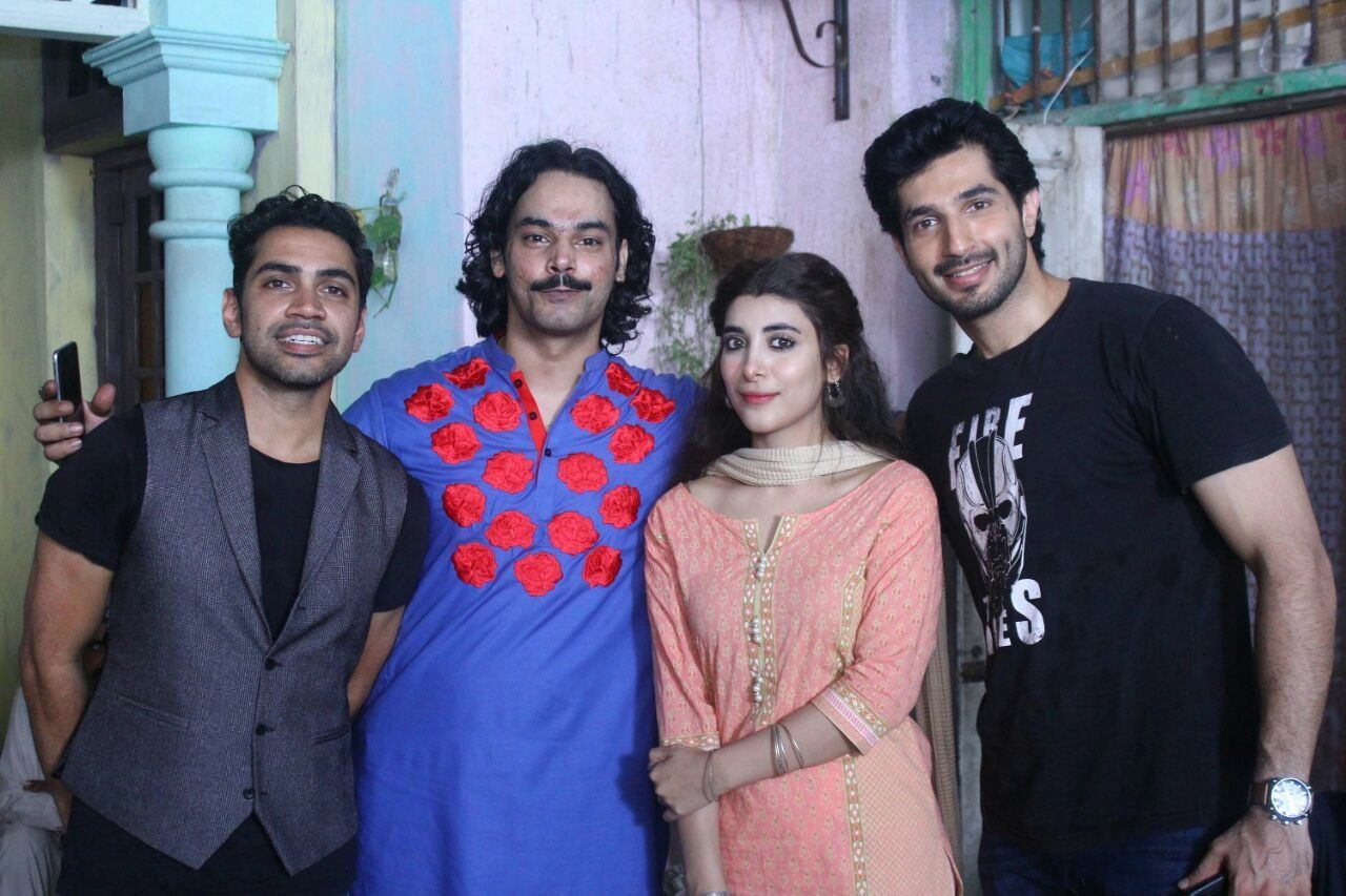 Qurram with Rangreza cast, Gohar Rasheed, Urwa Hocane and Bilal Ashraf