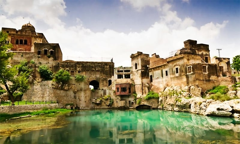 The Katasraj temple complex in Chakwal district of Punjab in Pakistan. The lake is believed to have formed from a teardrop of Shiva. ─ Photo by Faisal Saeed