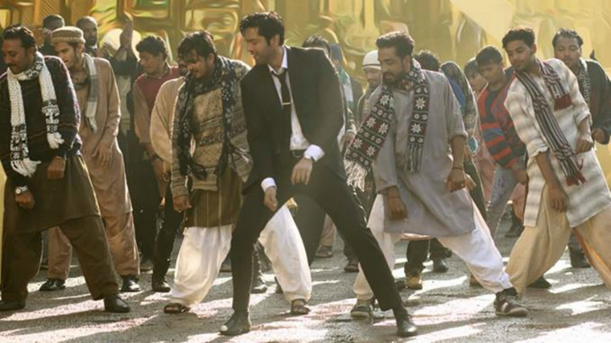 Who knew Fahad Mustafa was such a good dancer?