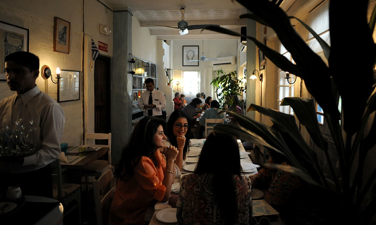 Diners at Okra await their scrumptious meals