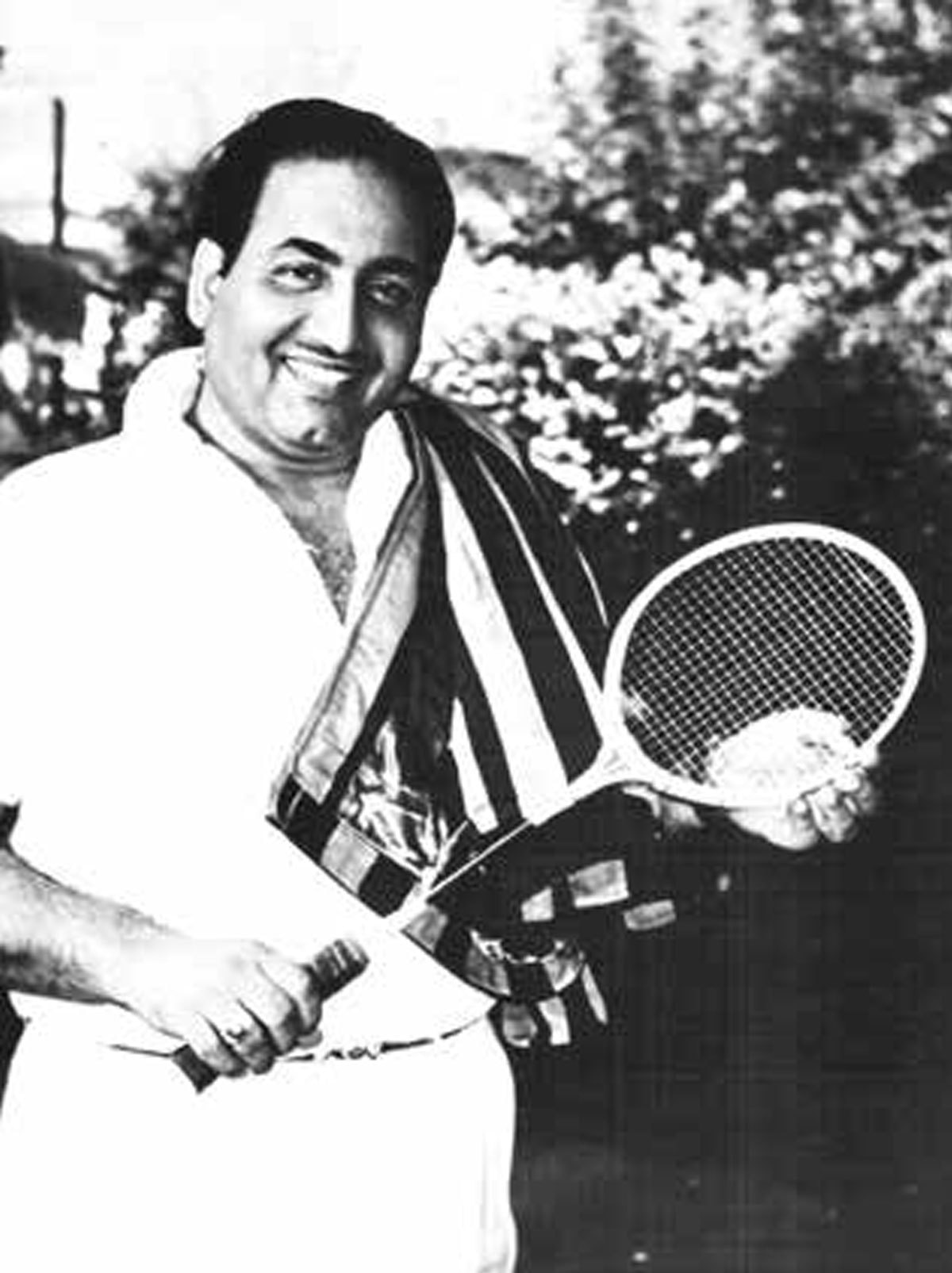 The singer was an avid badminton player. Courtesy 'Mohammed Rafi' by Sujata Dev.
