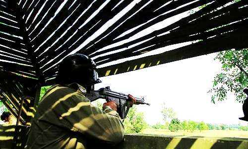 Army rubbishes Indian 'surgical strikes' claim as two Pakistani soldiers killed at LoC