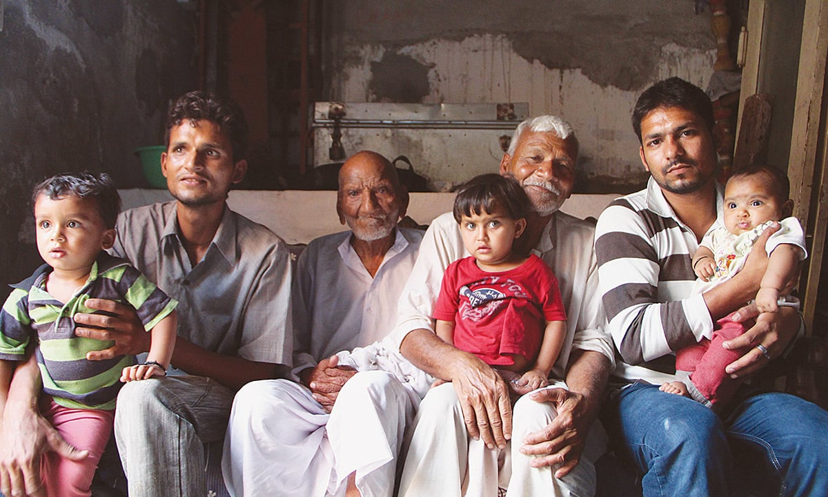 Four generations of a Punjabi Christian family: Baba Sadiq with his son, grand-sons and great-grand-sons | Asif Aqeel