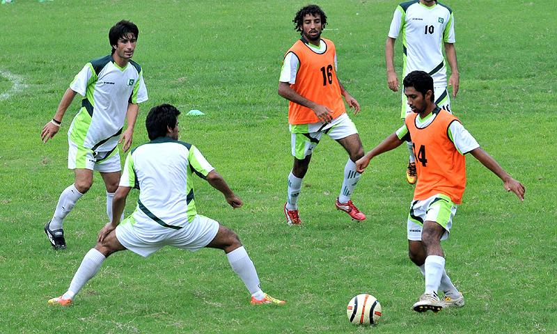 پی ایف ایف کے تنازعات کے باعث پاکستان ٹیم سیف سوزوکی کپ میں شرکت نہ کرپائی تھی—فائل/فوٹو: اے ایف پی