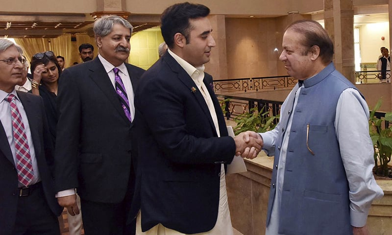 Kashmir issue, India unite Pakistan's sparring political leaders
