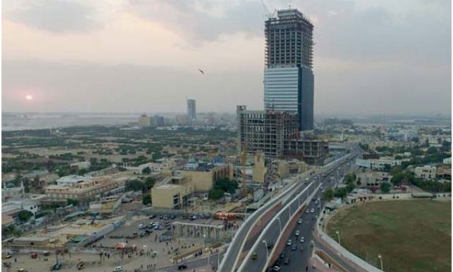 Pakistan's tallest building (the ICON Tower) being built in the New Clifton area.