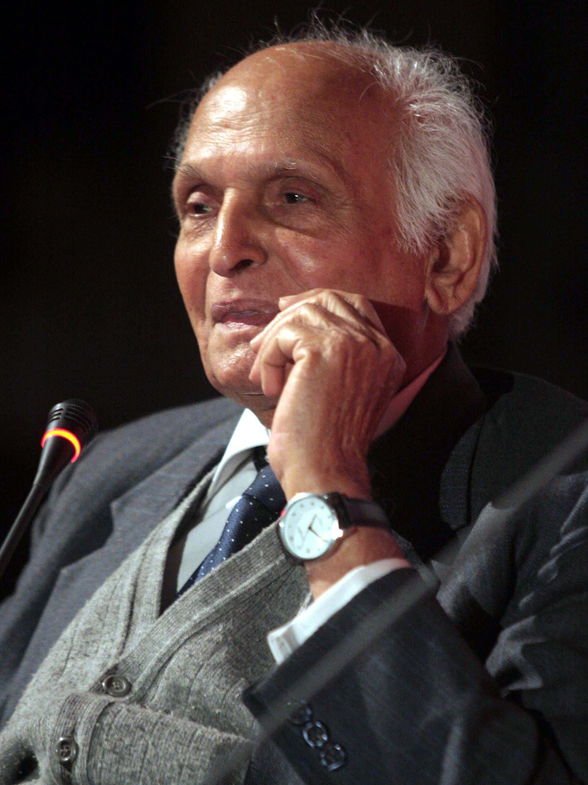 Intizar Husain at the Lahore Literary Festival, 2013 | Azhar Jafri, White Star