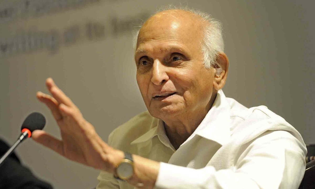 Intizar Husain speaks at a literature festival | Tanveer Shehzad, White Star