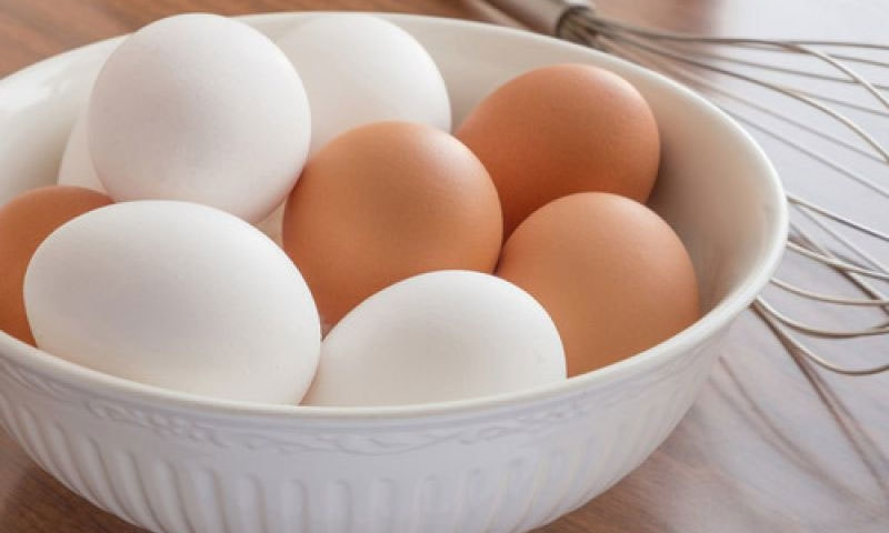 دیسی انڈے مفید یا سفید انڈے؟