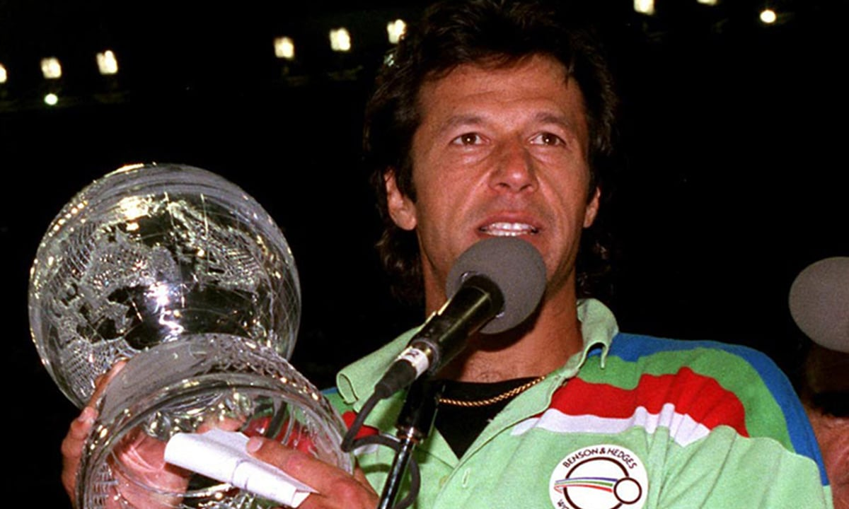 Imran Khan after the World Cup victory in 1992 | dawn.com