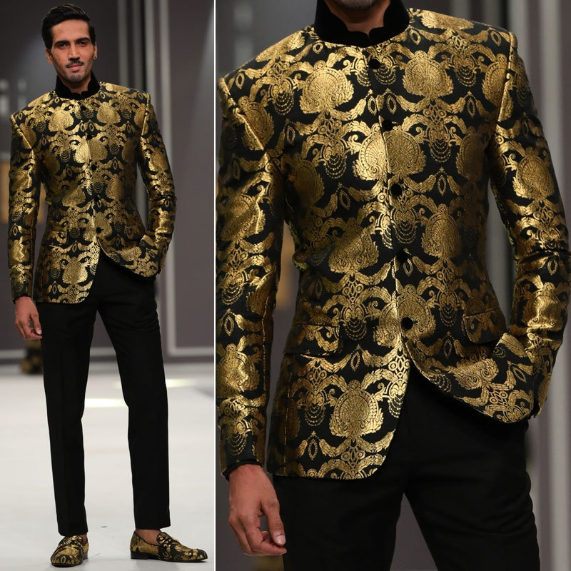 Arsalan Iqbal's collection at Fashion Week 206. Photo: Movie Shoovy.