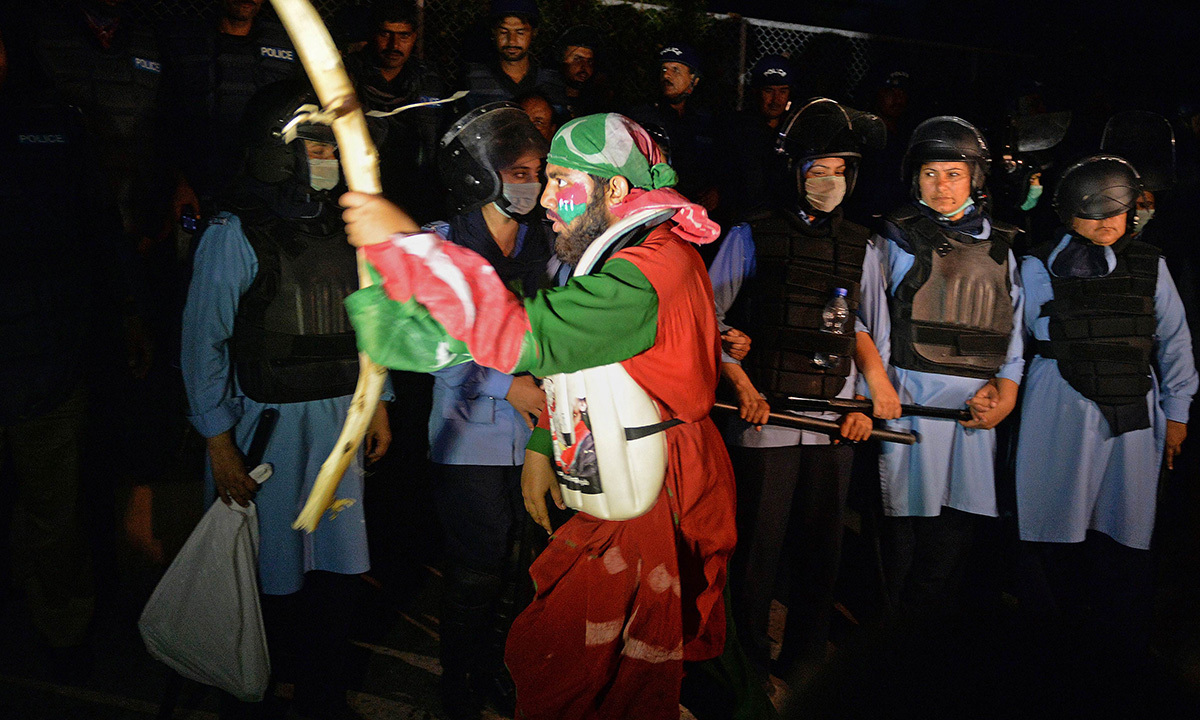 Why PTI protesters have much to learn from the past