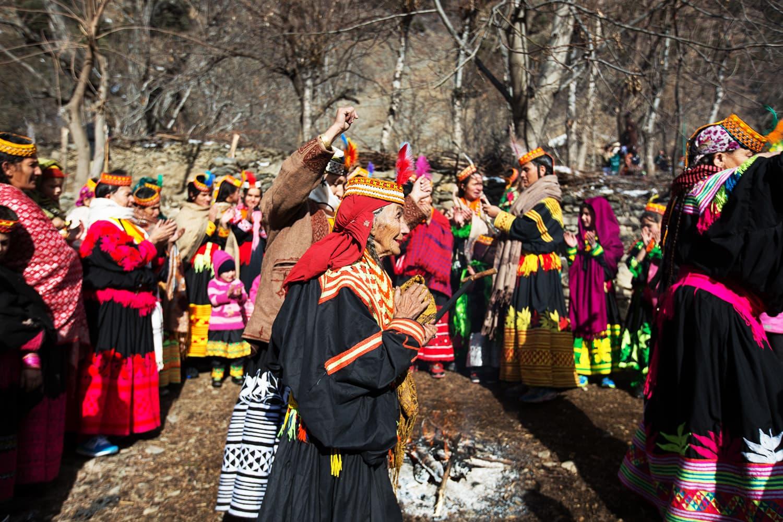 کیلاش قبیلے کی بزرگ خواتین