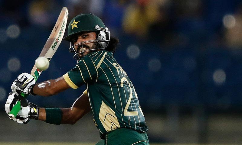 اگر پاکستانی کھلاڑیوں میں فرسٹ کلاس میں تیز ترین 10 ہزار رنز کے ریکارڈ کھنگالے جائیں تو حنیف محمد کی 189 اننگز کے بعد سب سے کم اننگز میں یہ سنگ میل فواد عالم نے عبور کیا ہے۔