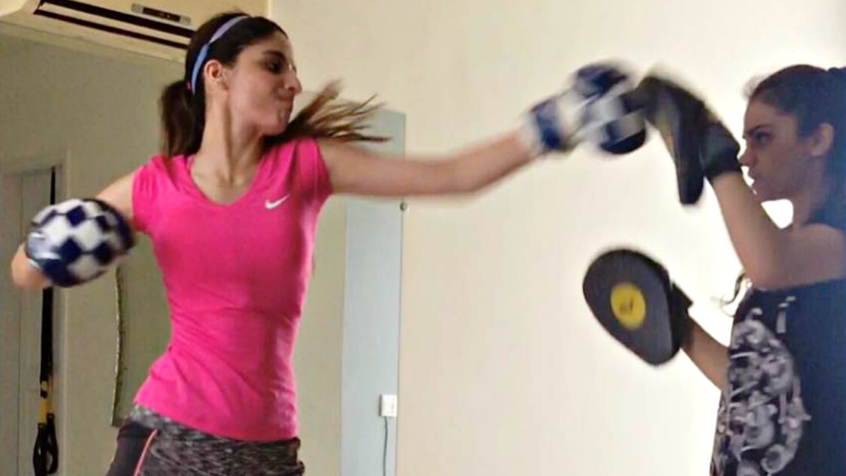 Watch Mawra Hocane throw punches like a champion