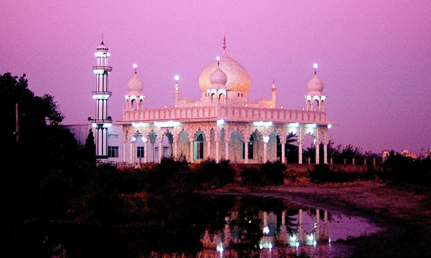 A Sufi shrine in Sindh's second-largest city, Hyderabad.