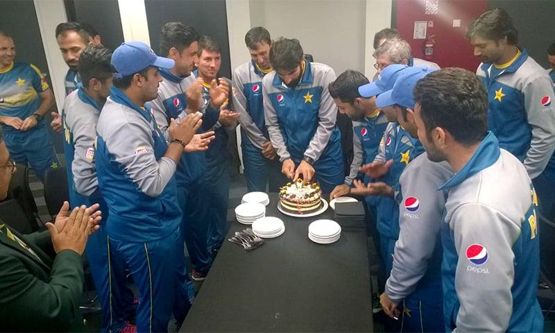 The Pakistani team celebrates Misbah's 50th match as Test captain. ─ Photo courtesy PCB Twitter