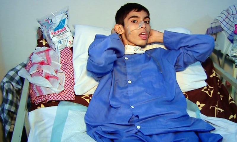 Sindh CM has vowed to finance the boy's treatment.