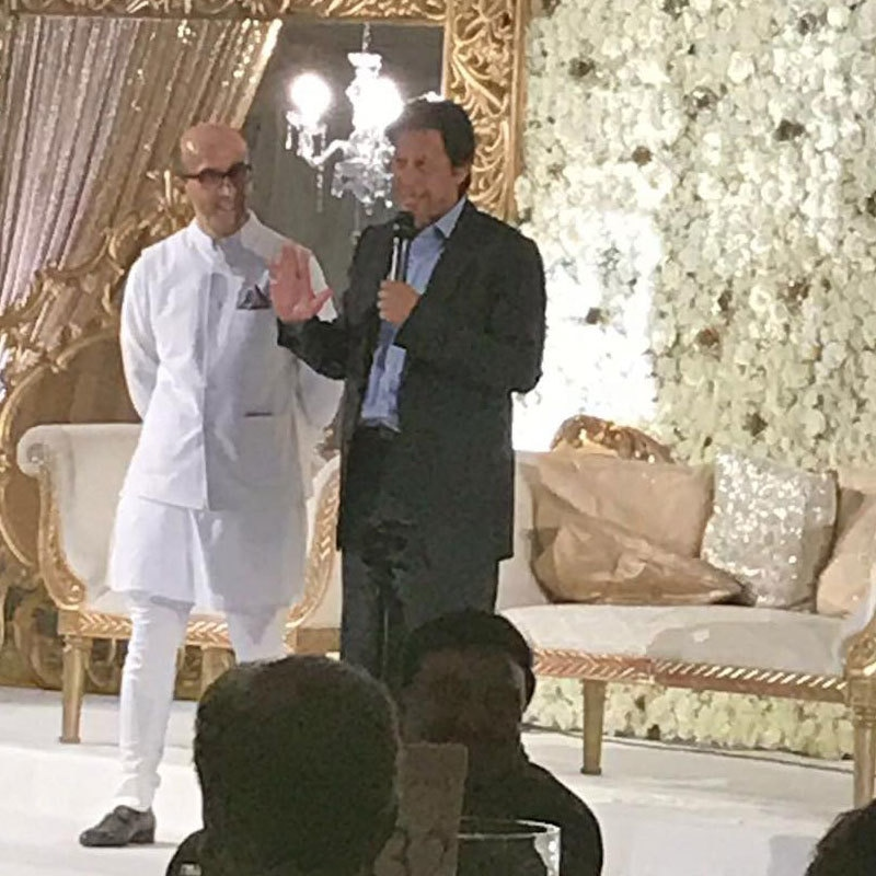 IK giving a speech on stage about marriage. Photo: Facebook
