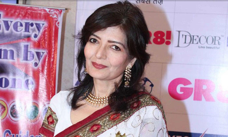سابق مس انڈیا سونو والیہ نے 'خون بھری مانگ' میں اپنے بے باک کردار سے شہرت سمیٹی مگر پھر فلاپ فلموں کی قطار ان کے کیرئیر کو لے ڈوبی۔