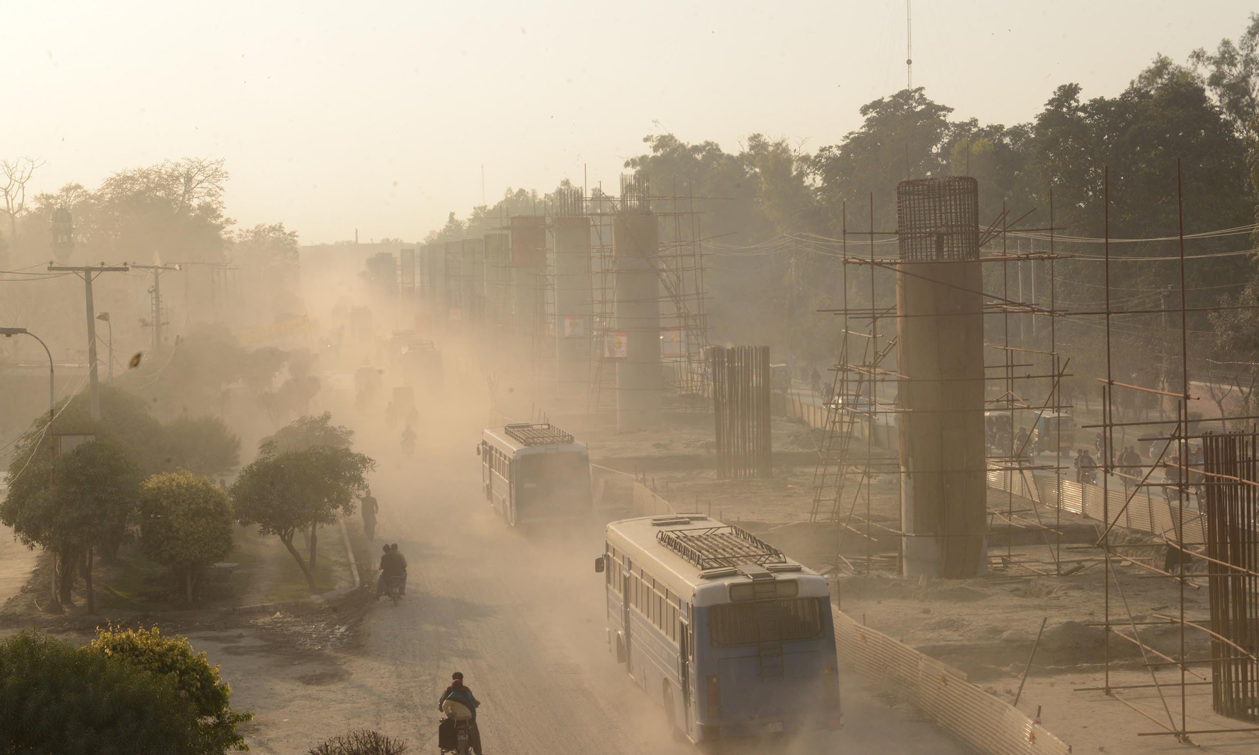 An overhead bridge being constructed for the Orange Line project in Lahore   Azhar Jafferi, White Star