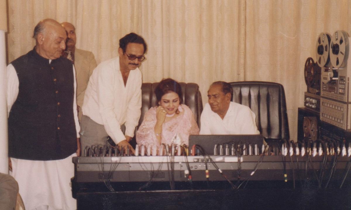 Noor Jahan in a recording studio   EMI Pakistan