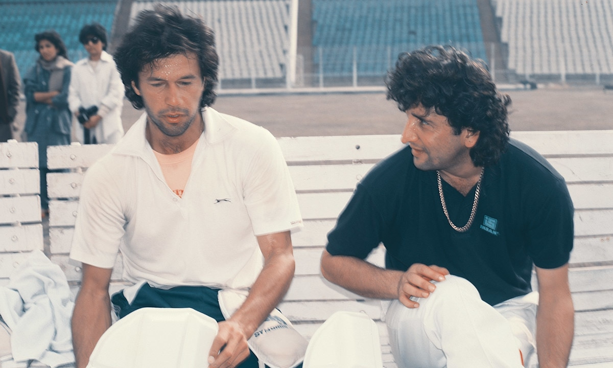 Abdul Qadir (right) with Imran Khan (left) | White Star