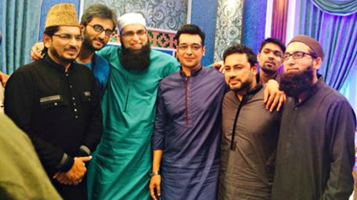 Junaid Jamshed in high spirits during Ramazan transmission with Faysal Qureshi and Najam Sheraz