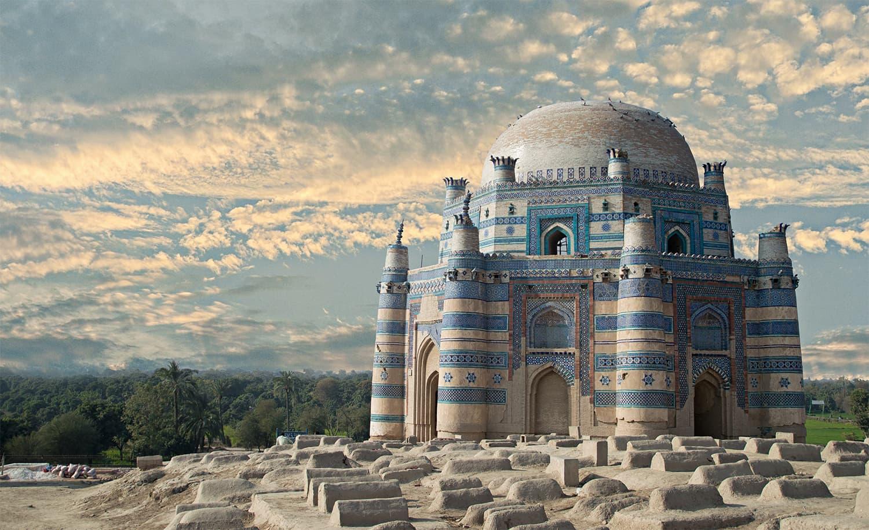 بی بی جوندی کا مزار، اچ شریف —فوٹوگرافر اسامہ شاہد