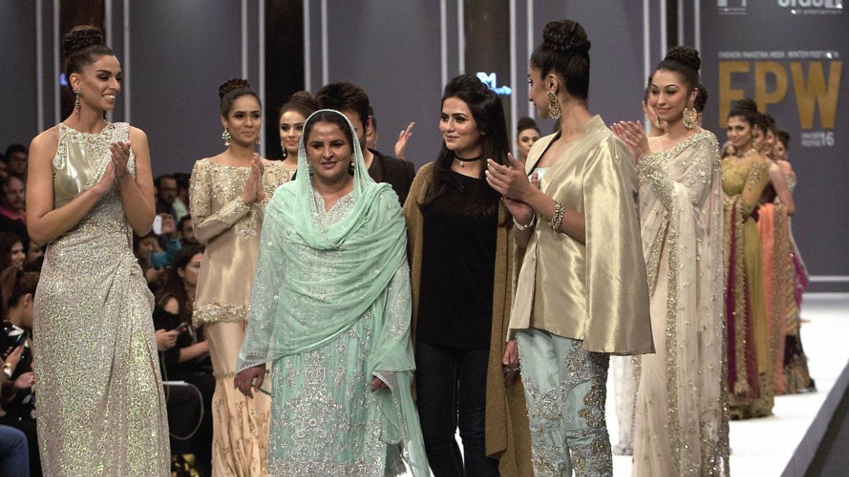 Mukhtaran Mai took to the runway at FPW Winter Festive 2016
