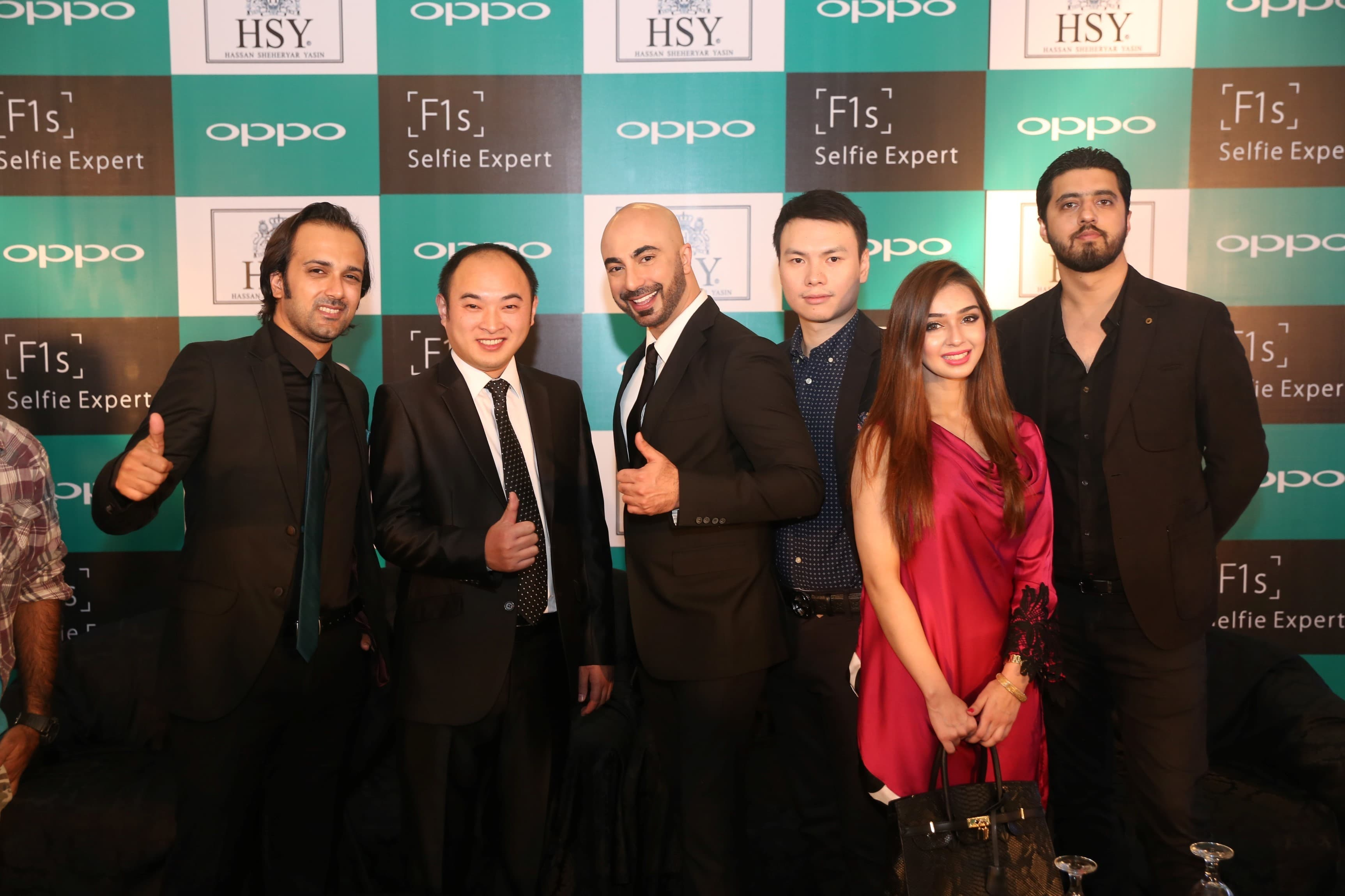 Team OPPO and HSY - Fakhar Abdullah, George Long, HSY, Kevin Hu, Arfa Shahoor and Arsalan Azhar