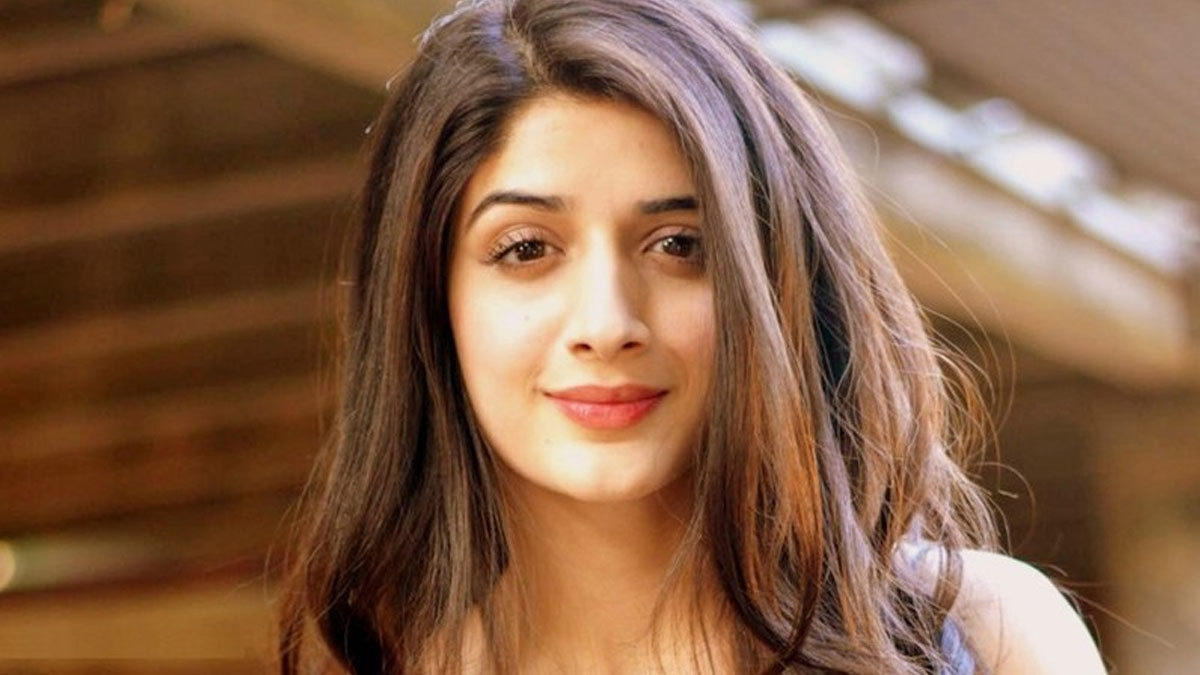 Being a hater gets you attention: Mawra defends #UrwaFarhan's wedding