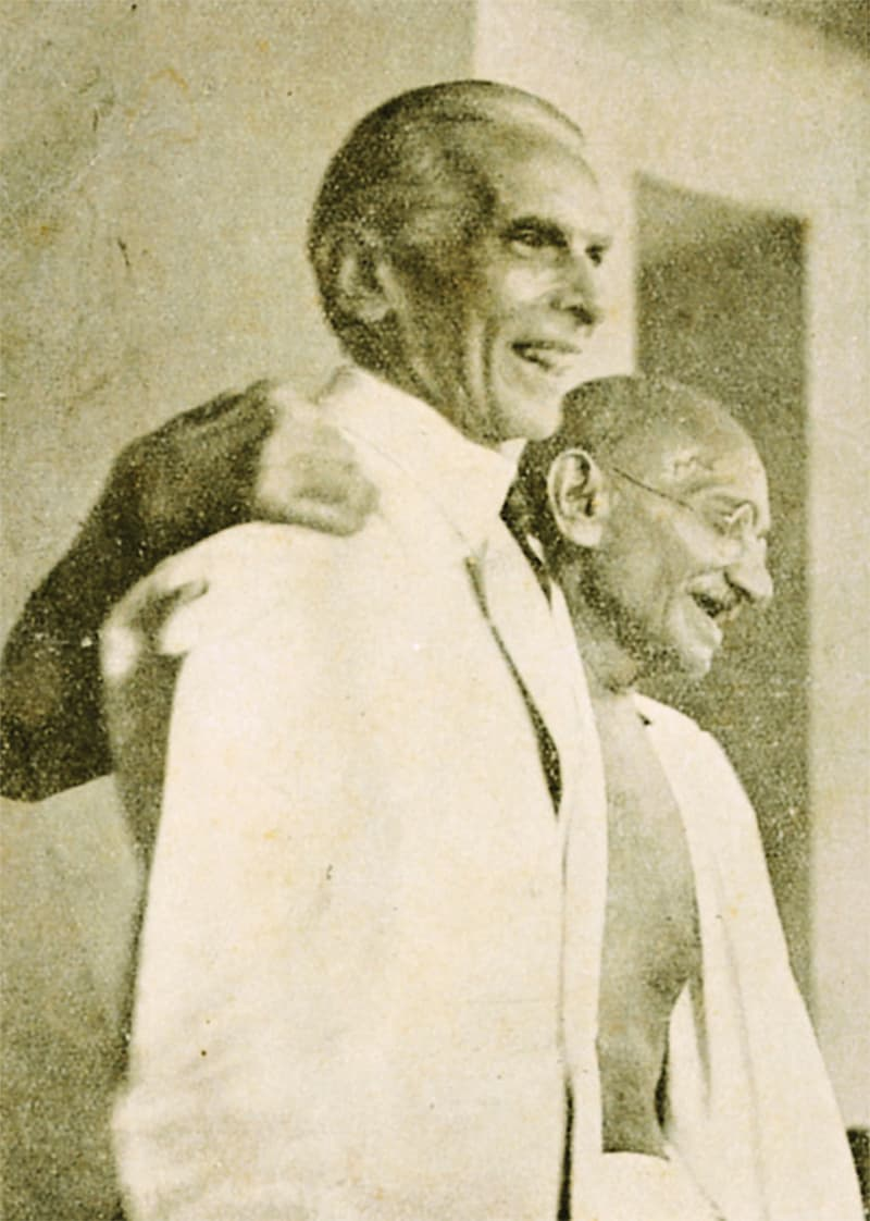 The long arm of diplomacy: Jinnah and Gandhi before their meeting.