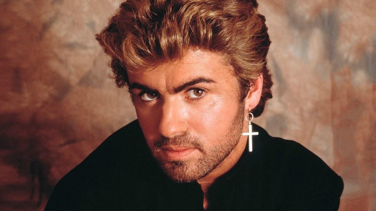 British pop star George Michael dies aged 53